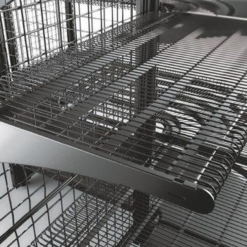 Présentation mobilier fil métallqiue